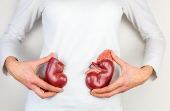 7 Drinks to Clean Kidneys Naturally